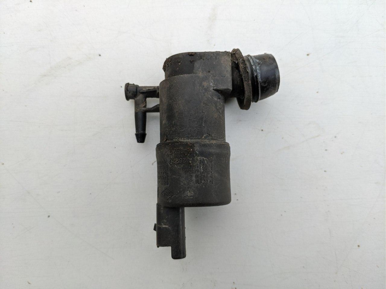 Моторчик бачка стеклоомывателя (1 выход) Renault Master, Opel Movano 2010-, 9641553880 (Б/У)