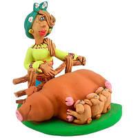 Статуэтка Казачка со свиноматкой