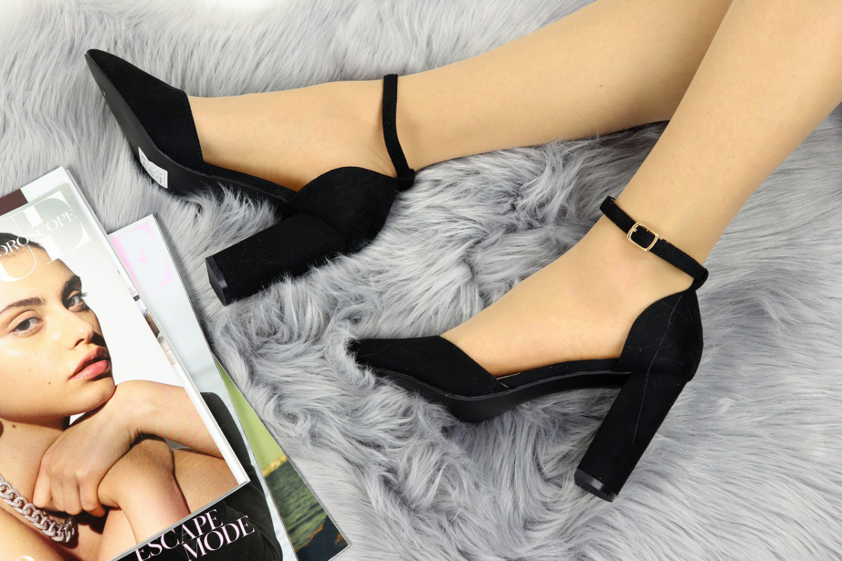 Туфли женские черные на каблуке Krayli 1115