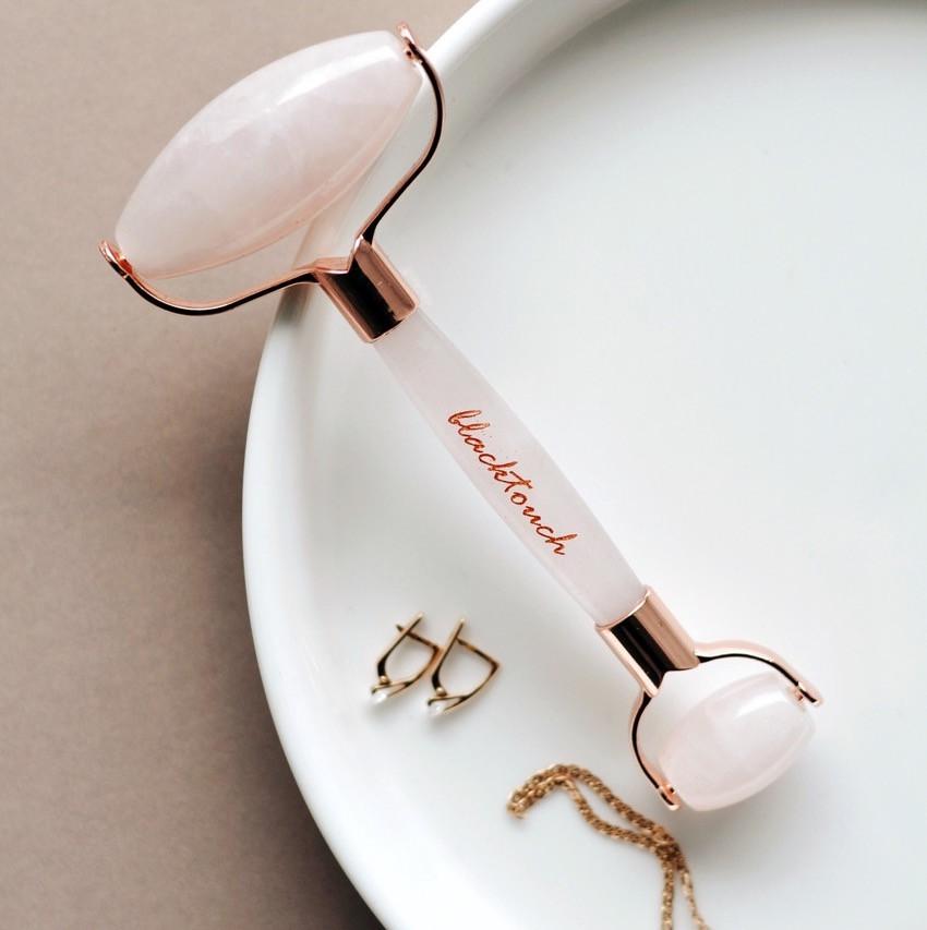 Роллер для лица из розового кварца или нефрита 44 размер белья это женского