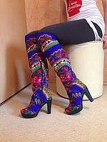 Ботфорты прямые на каблуке в стиле Матрешка