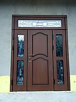 Двері  вхідні металеві з полімерними накладками нестандартних розмірів.