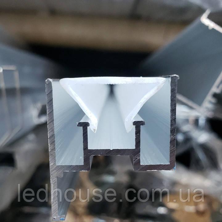 Профиль для светодиодного освещения в натяжных потолках 29-20мм
