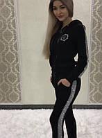 Модный стильный женский спортивный костюм с лампасами в камнях.(42-48р)