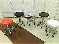 Стул для мастера маникюра, парикмахера, косметолога, лешмейкера  мягкий без спинки белая шахматка
