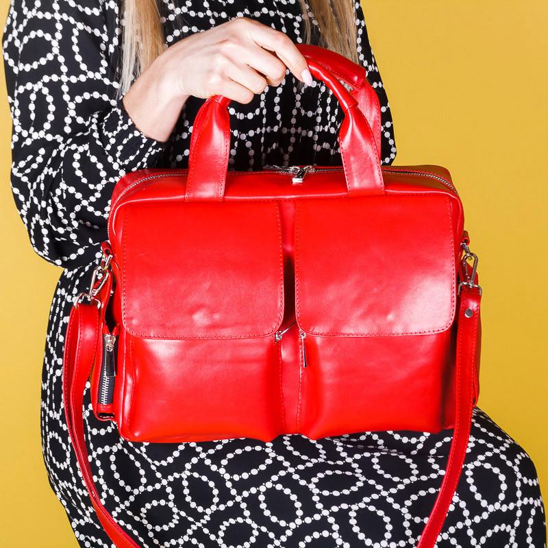 Сумка женская красная большая с накладными карманами, натуральная кожа.