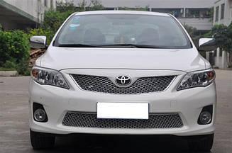 Комплект решеток радиатора и бампера Toyota Corolla 2010-2013 под Бентли