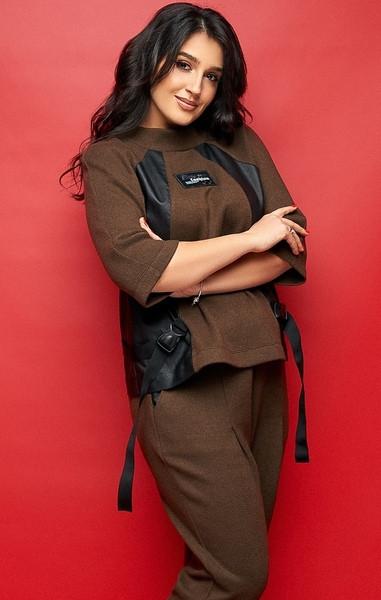 Стильный женский брючный костюм больших размеров 50-56