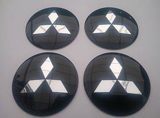 Наклейка выпуклая на колпачок диска Mitsubishi 56 мм черная