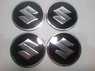 Наклейка на колпачок диска Suzuki 55 мм
