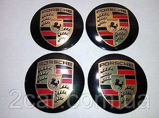 Наклейка выпуклая на колпачок диска Porsche черная 56 мм