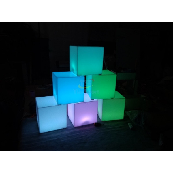 LED Светильник Куб  16 цветов + режимы