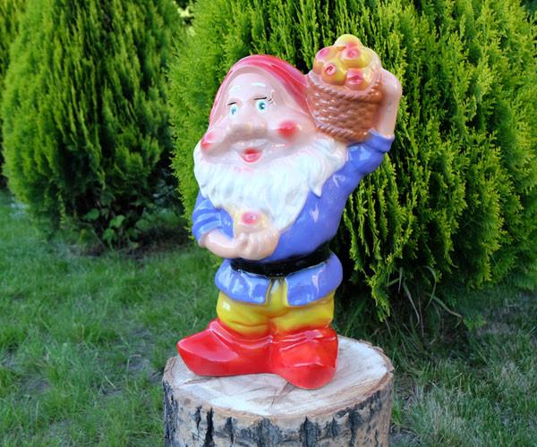 Садовый гном с корзиной яблок 40 см керамика (619)