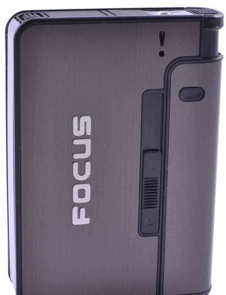 Портсигар із запальничкою і викидом сигарет Focus 4938