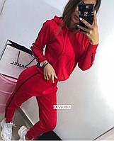 Женский спортивный костюм  красный, черный