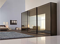 Шкаф купе Hettech с бронзовыми зеркалами 3 двери