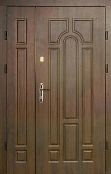 Вхідні полуторні двері Арка