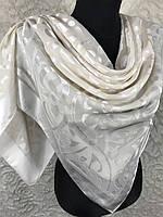 Светлый платок для торжества (цв1)
