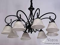 Люстра в классическом стиле на 8 стеклянных плафона цвета прозрачно-белого мрамора