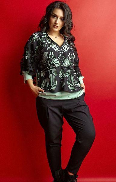 Стильный женский брючный костюм больших размеров 50-62