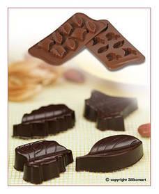 """Форма для шоколада """"Листья"""" 51*23 мм h 14,5 мм Silikomart"""