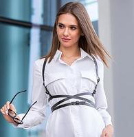 Женская портупея: модный выбор в 2020 году
