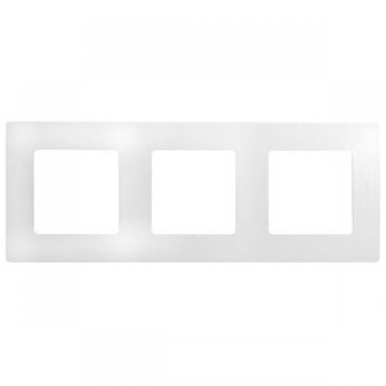 Рамка Legrand Etika 3-постовая, белая