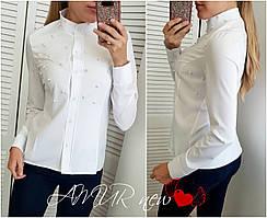 Женская блуза с бусинками