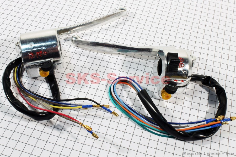 Блок кнопок на руле левый, правый к-кт с рычагами (под зеркала М8) DELTA