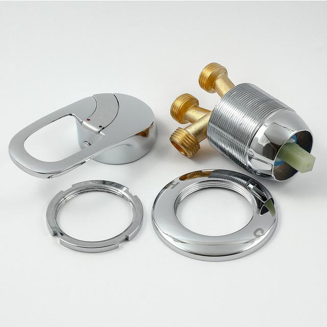 Смеситель, кран J - 7040.1 для гидромассажной ванны, джакузи скрытого монтажа, вид изделия в разобранном варианте.