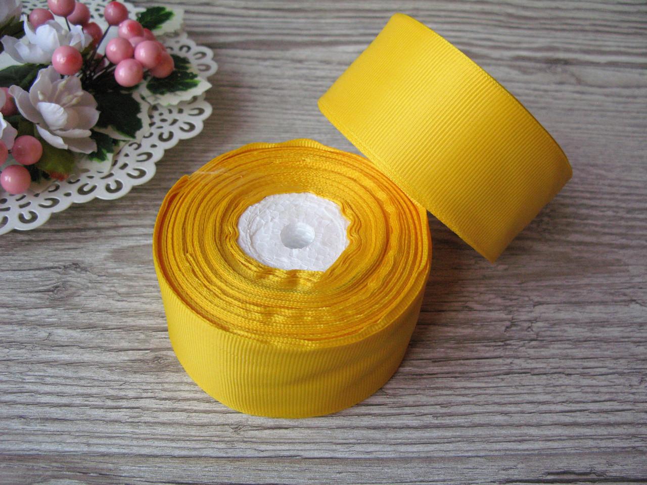 Лента репсовая 4 см темно желтая, бобина 18 м - 51 грн
