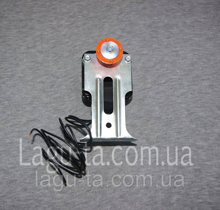 Мотор обдува конденсатора с креплением