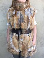 Удлиненный жилет из лисы