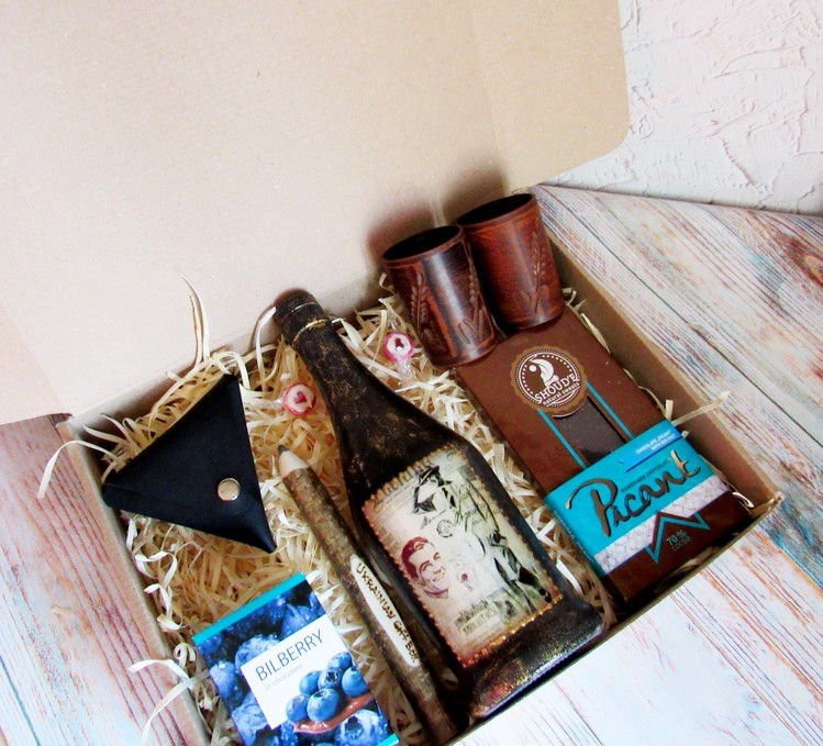 "Подарок мужчине набор ""Ретро"" | Ukrainian Gift Box"