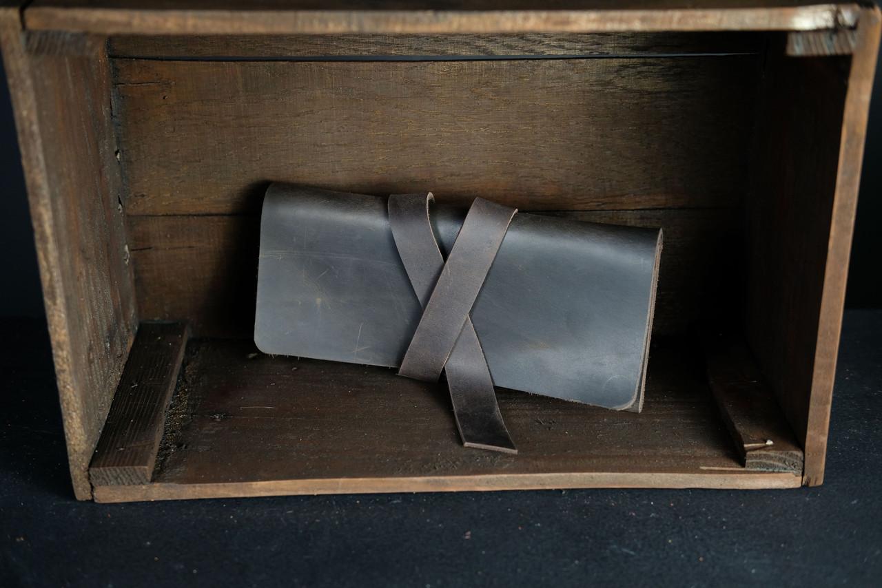 Кошелек клатч кожаный с закруткой Винтажная кожа цвет Шоколад