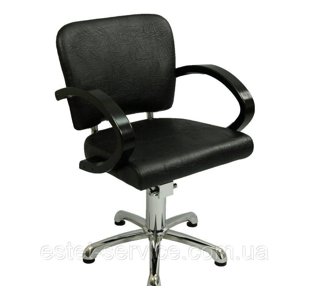 Парикмахерское кресло с деревянными подлокотниками ZD-300