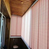 Установка Вертикальных жалюзи на балконе