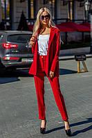 Женский деловой брючный костюм