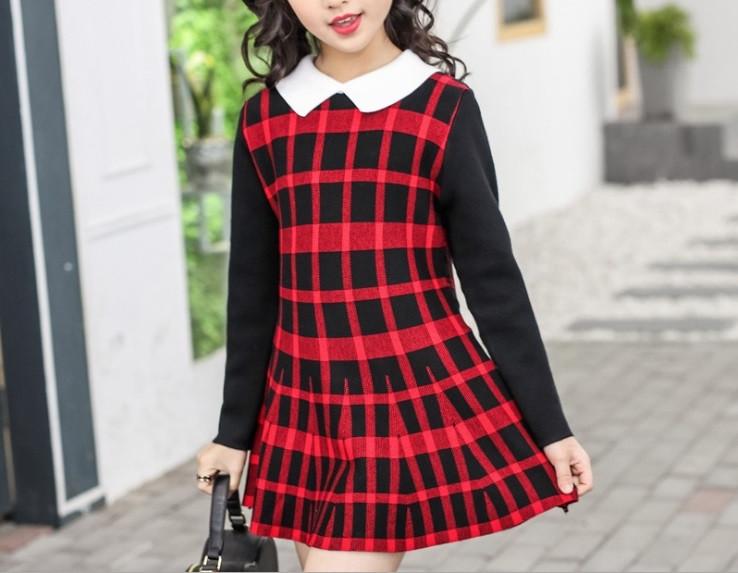 Повседневное  платье на девочку длинный рукав  4-8 лет красное клетка
