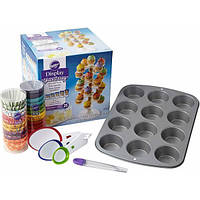 Wilton Большой набор Все для капкейков Make & Display Cupcakes