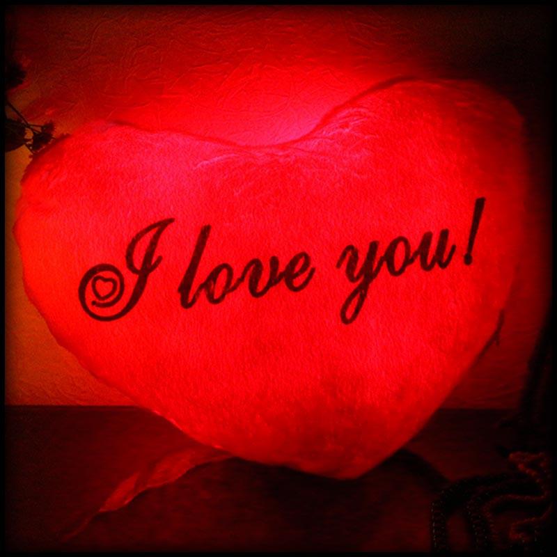 Светящаяся подушка, ночник в форме сердца I love You красная