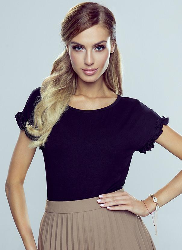 Женская блуза с оборками черного цвета. Модель Marika Eldar.