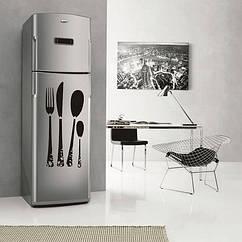 Вінілова наклейка на холодильник