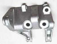Кронштейн генератора нижній ВАЗ 2110 - ВАЗ 2112, ВАЗ 2170 - 2172