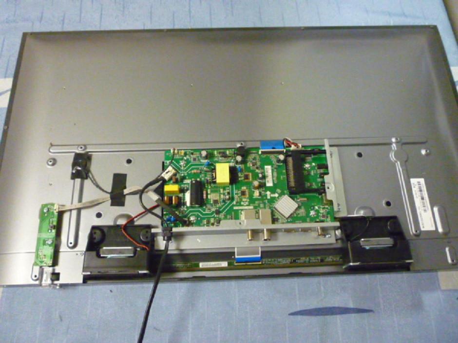 Плати від LED TV ERGO LE32CT5030AK по блоках (розбита матриця).