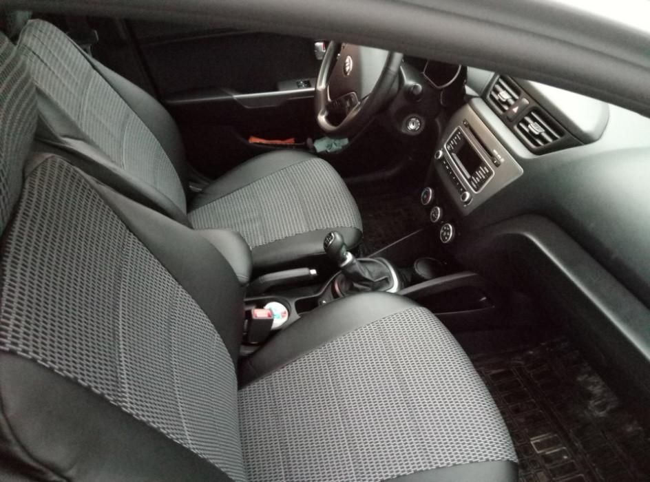 Чохли на сидіння Фольксваген Поло 4 (Volkswagen Polo 4) (універсальні, кожзам+автоткань, з окремим