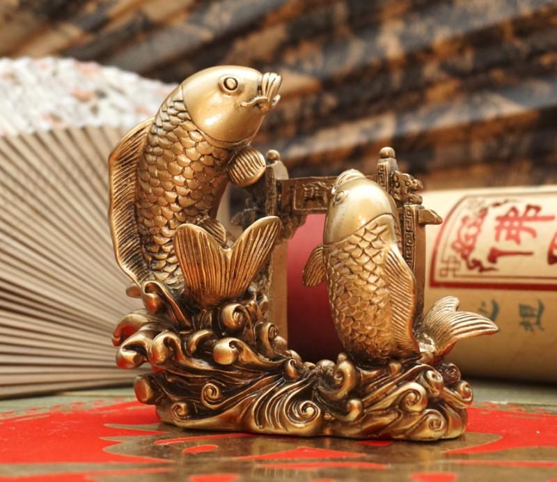 9260129 Карпы у драконьих врат под бронзу