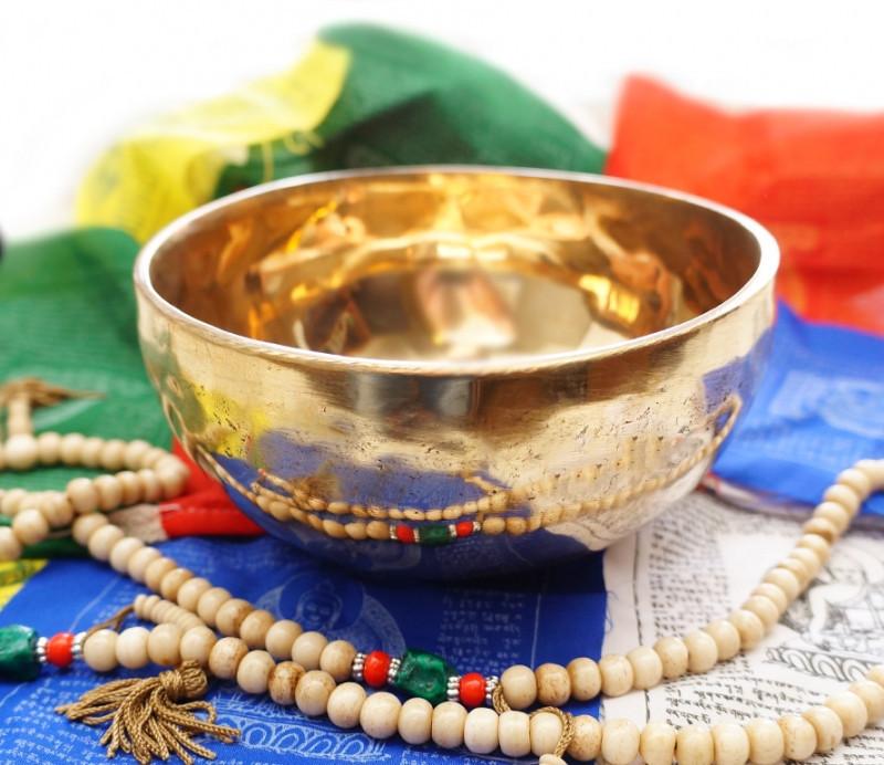 9070141 Чаша поющая кованная Индия диаметр = 15,5-16 см.