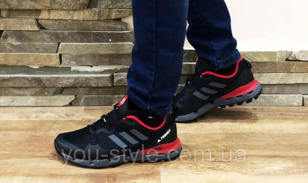 Кроссовки Adidas terrex черные