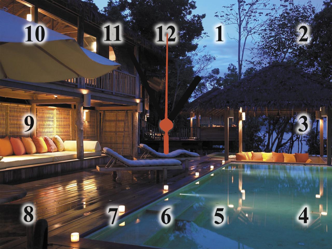 """Настінні годинники """"Вечір біля басейну"""" кварцові"""